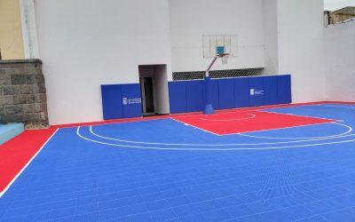 Suministro e instalación equipamiento deportivo en el CEIP León y Castillo en Las Palmas