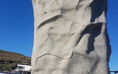 Rocódromo de 6m de altura con 4 caras escalables en el Parque Las Candelarias Agaete.