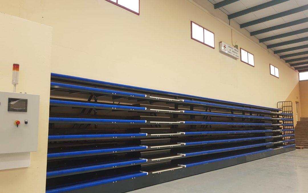 Grada telescópica motorizada marca Decan Sports Equipment en Lanzarote